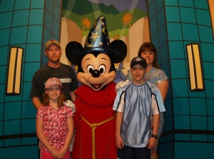 What would Disney be without a family photo with Mickey?