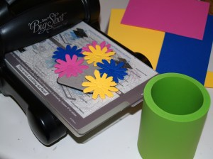 Directions:  Cut daisies from desired colors using the Big Shot.